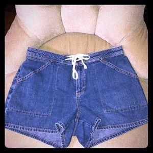 EUC 4 For $20.00 Gap Jean women's shorts size 10